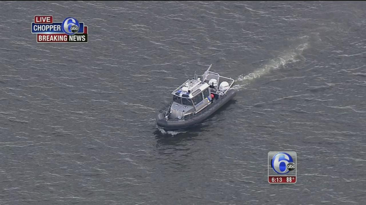 VIDEO: Search for missing swimmer