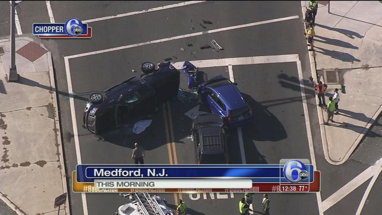 VIDEO: Multi-vehicle crash in Medford