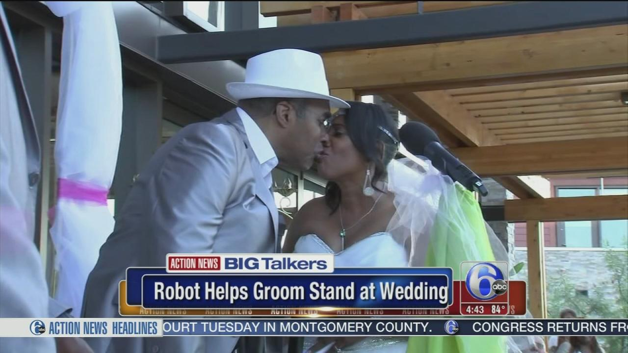 VIDEO: Robotic device helps man stand at altar for his wedding