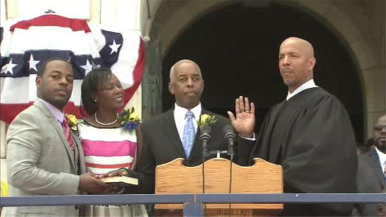 Trentons new mayor, Eric Jackson, sworn into office