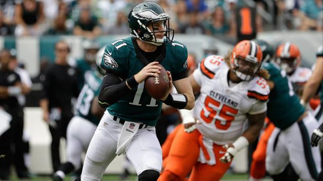 Philadelphia Eagles quarterback Carson Wentz in action during the first half of an NFL football game against the Cleveland Browns, Sunday, Sept. 11, 2016, in Philadelphia.