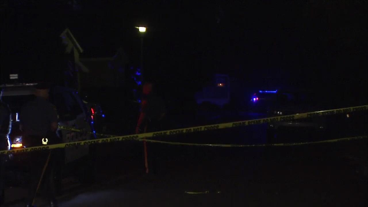 Man dead, woman critical after stabbing in Morrisville, Pa.