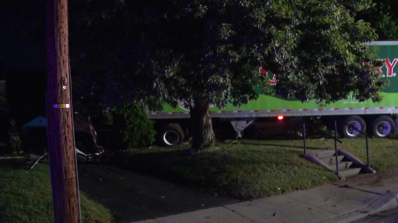 An out-of-control tractor-trailer crashed into a home in New Castle, Delaware on Tuesday morning.