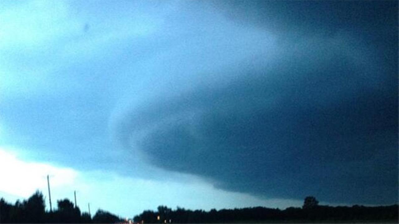 @MMarcia243 Crazy storm rollin in!