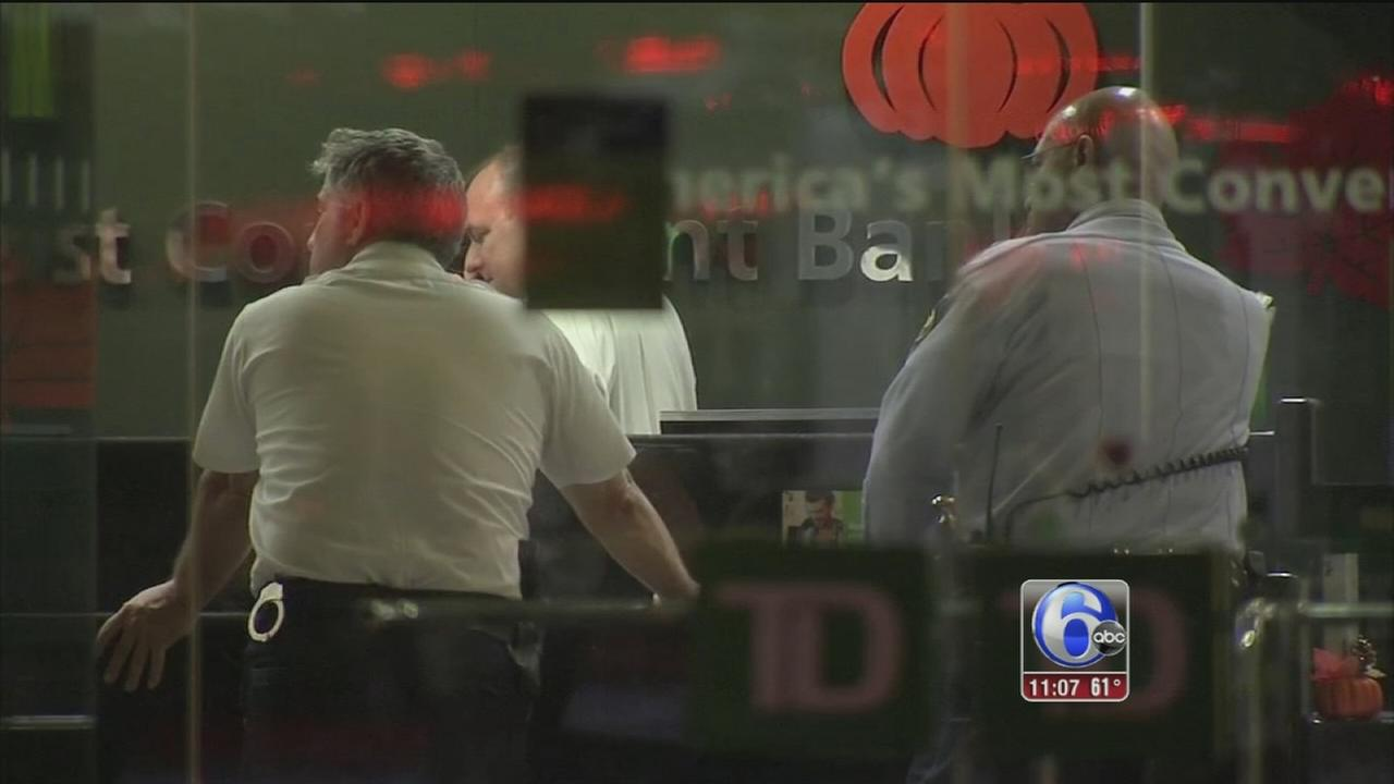 VIDEO: TD Bank robbery