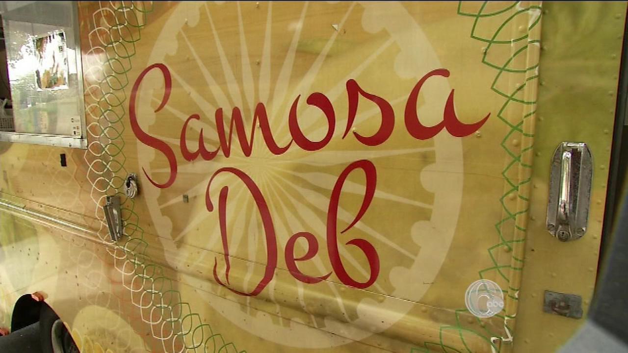 Samosa Deb