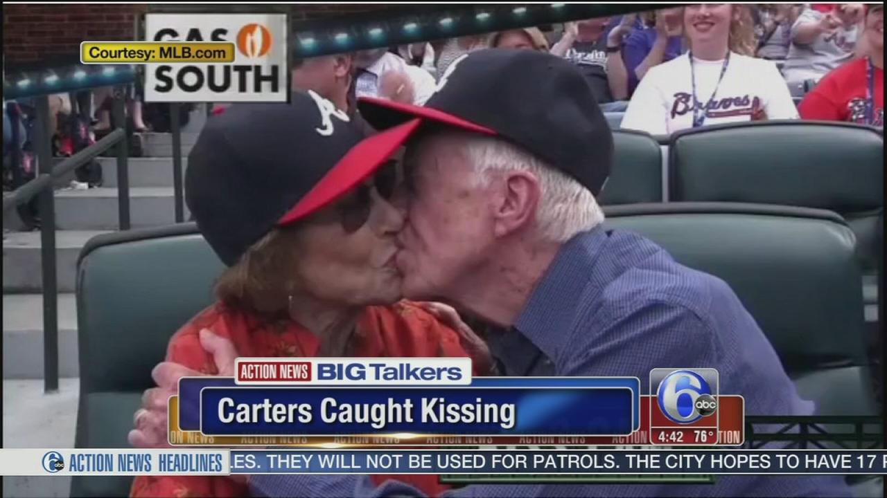 VIDEO: Jimmy Carter, wife caught on Atlanta Braves kiss cam