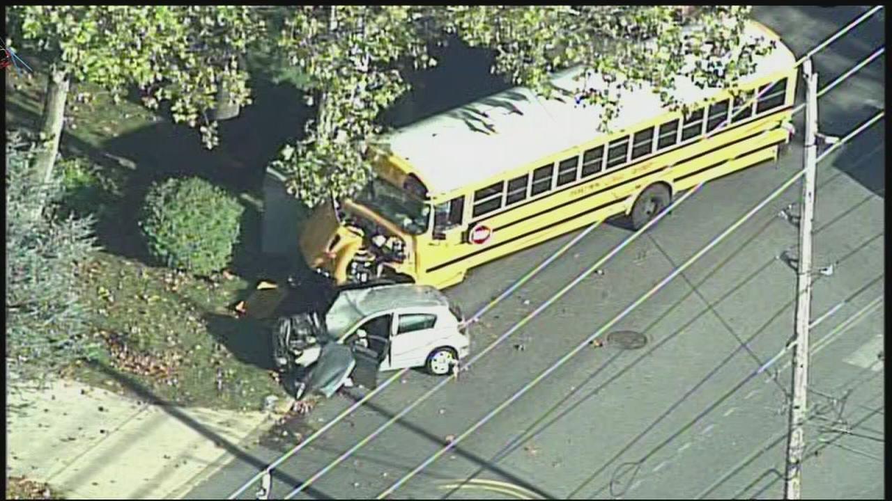 VIDEO: De school bus ax