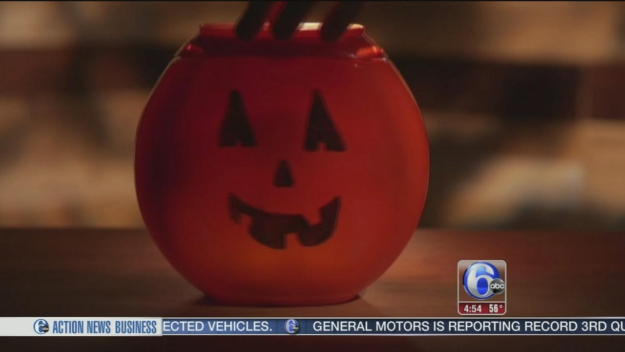 VIDEO: Consumer Reports warns against using laundry pod bucket as Halloween basket