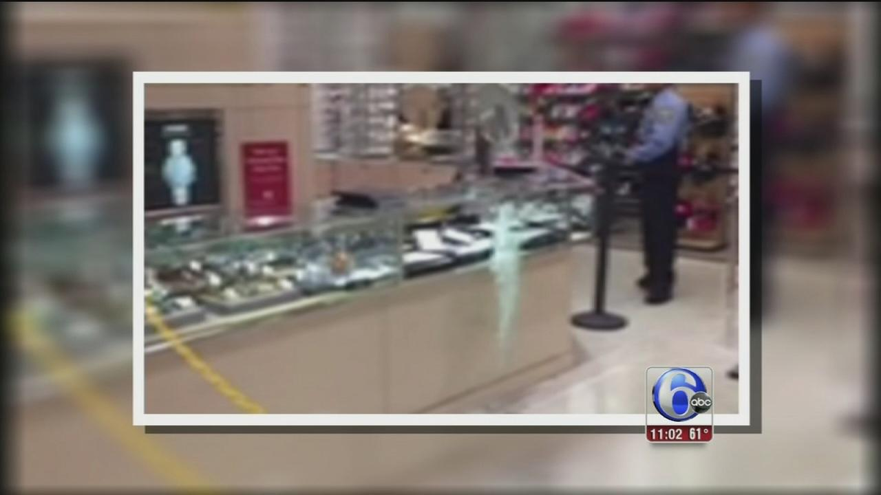 VIDEO: Smash and grab robberies