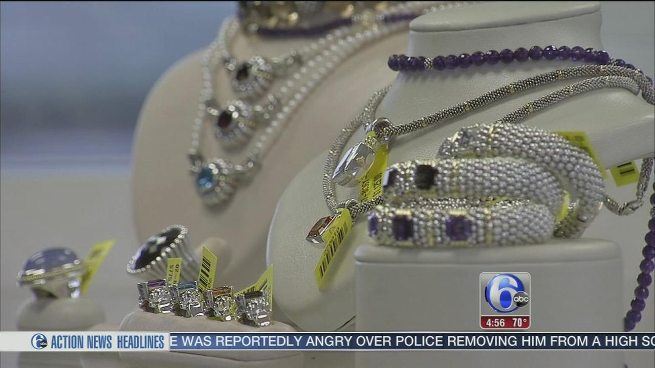 VIDEO: Whats the Deal: Lagos jewelry sample sale