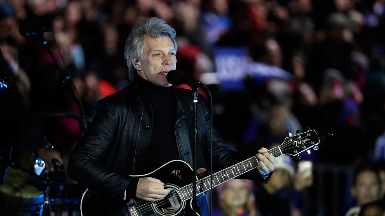 Jon Bon Jovi performs during a Hillary Clinton campaign event at Independence Mall on Monday, Nov. 7, 2016 in Philadelphia.