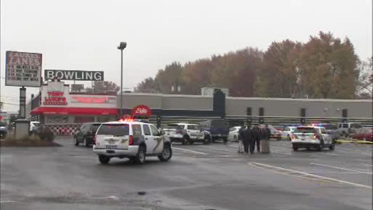 Man shot outside Maple Shade bowling alley