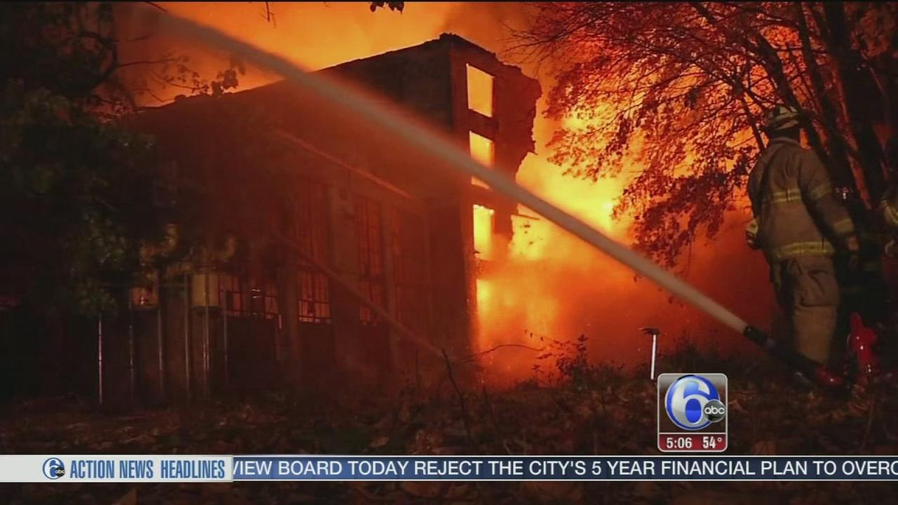 VIDEO: Massive fire consumes vacant Wilmington warehouse