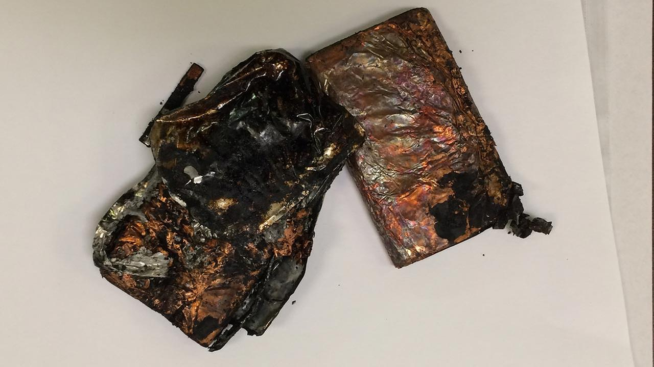 Cell phone charger fire sends college student to hospital