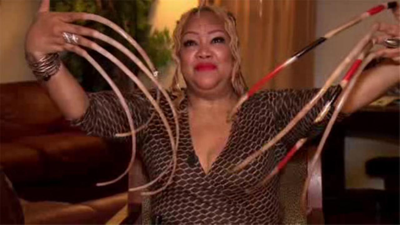 Texas woman\'s long nails nearing world record | abc11.com