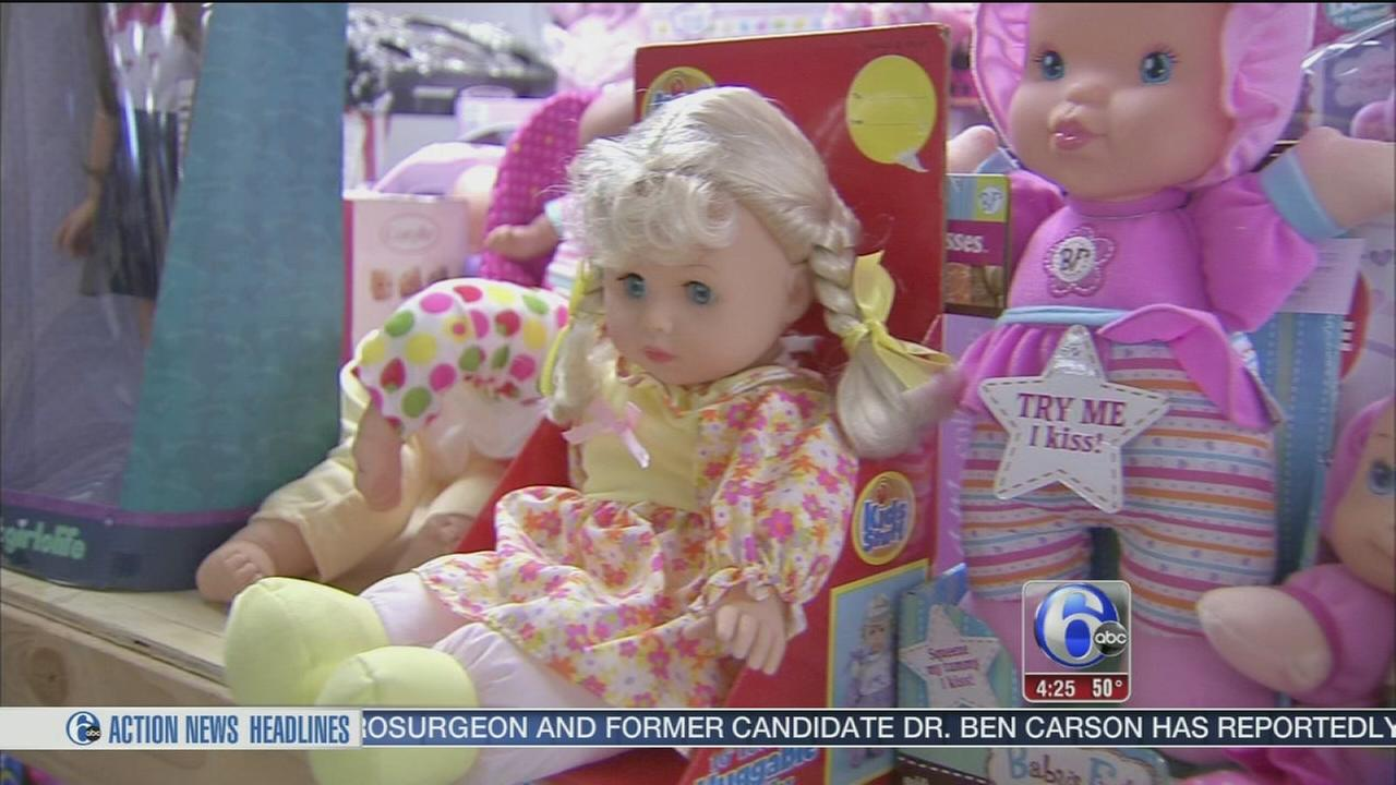 VIDEO: Toys for Tots making season bright for kids