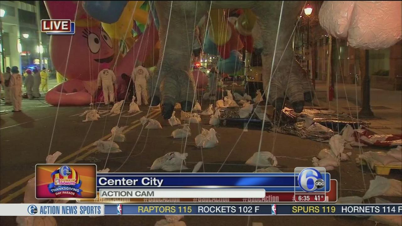 VIDEO: Morning preps for the Thanksgiving Day Parade