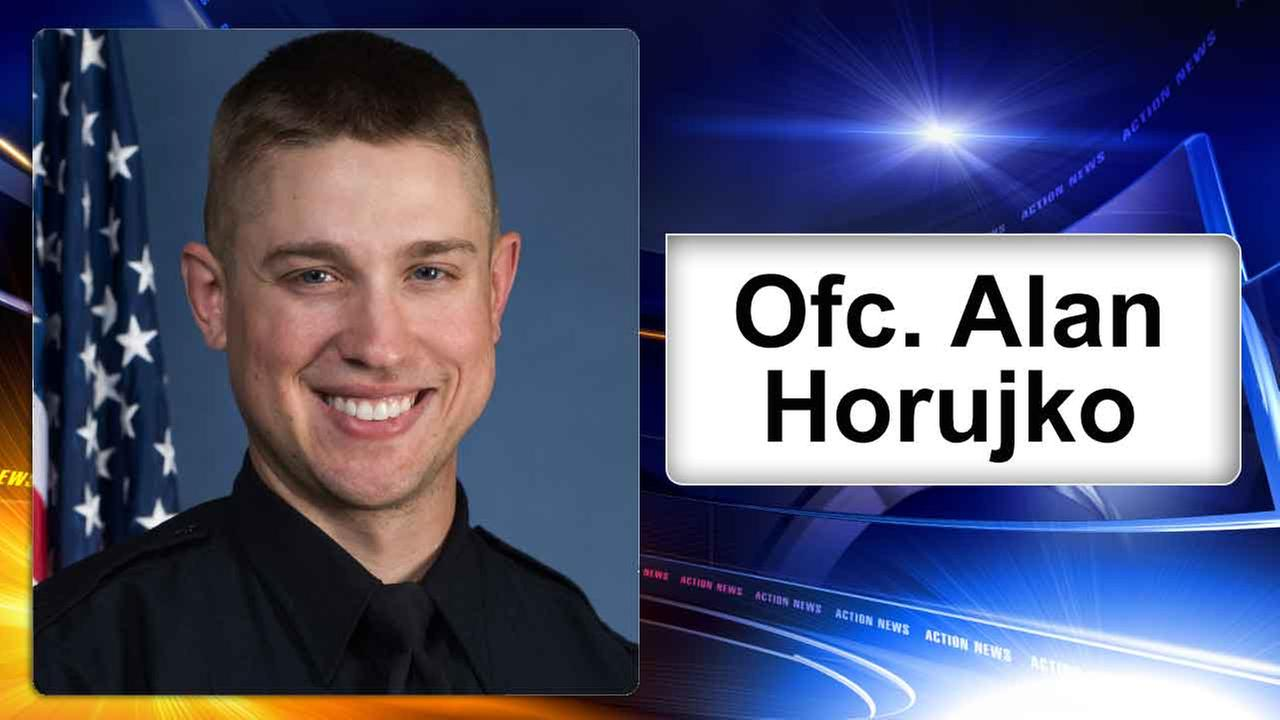 Quick-acting Ohio State officer praised for killing attacker