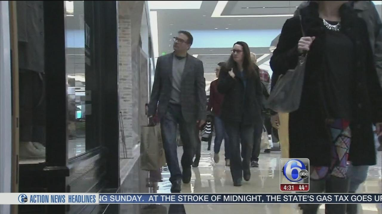 VIDEO: Shoppers cash in on post-Christmas deals