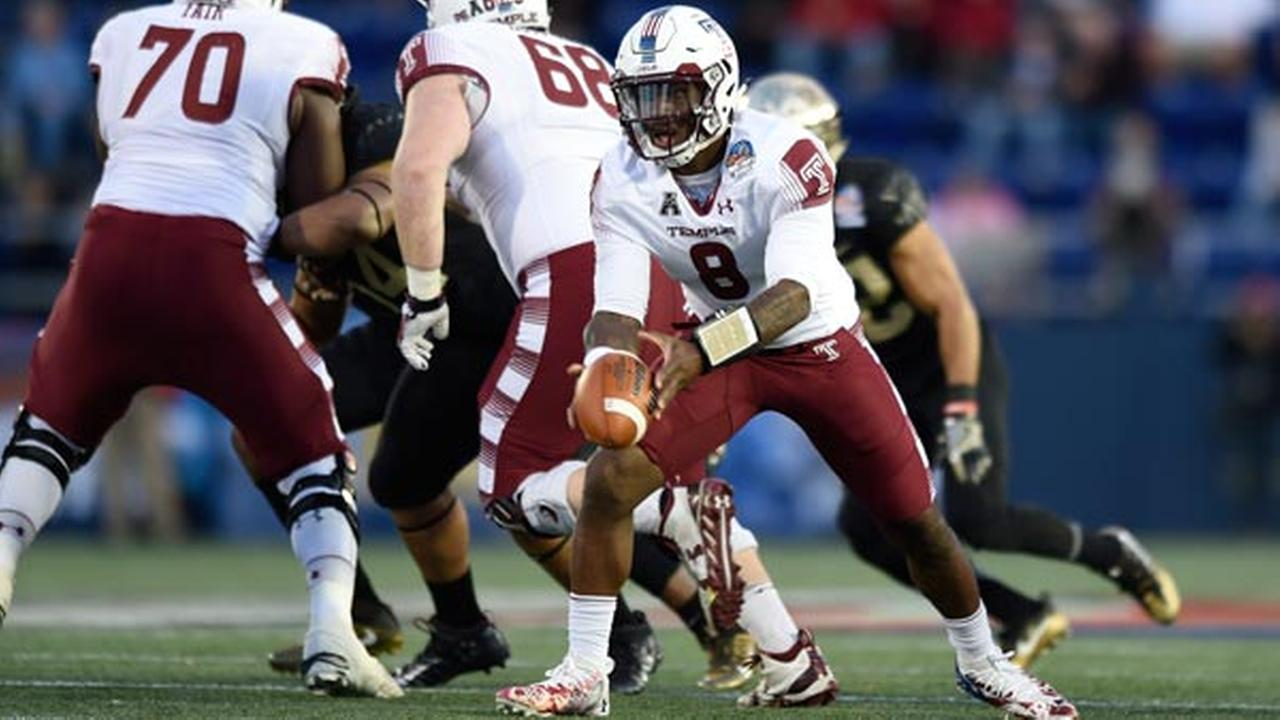 Temple quarterback Phillip Walker looks to hand off against Wake Forest during the first half of the Military Bowl NCAA college football game, Tuesday, Dec. 27, 2016 in Annapolis,