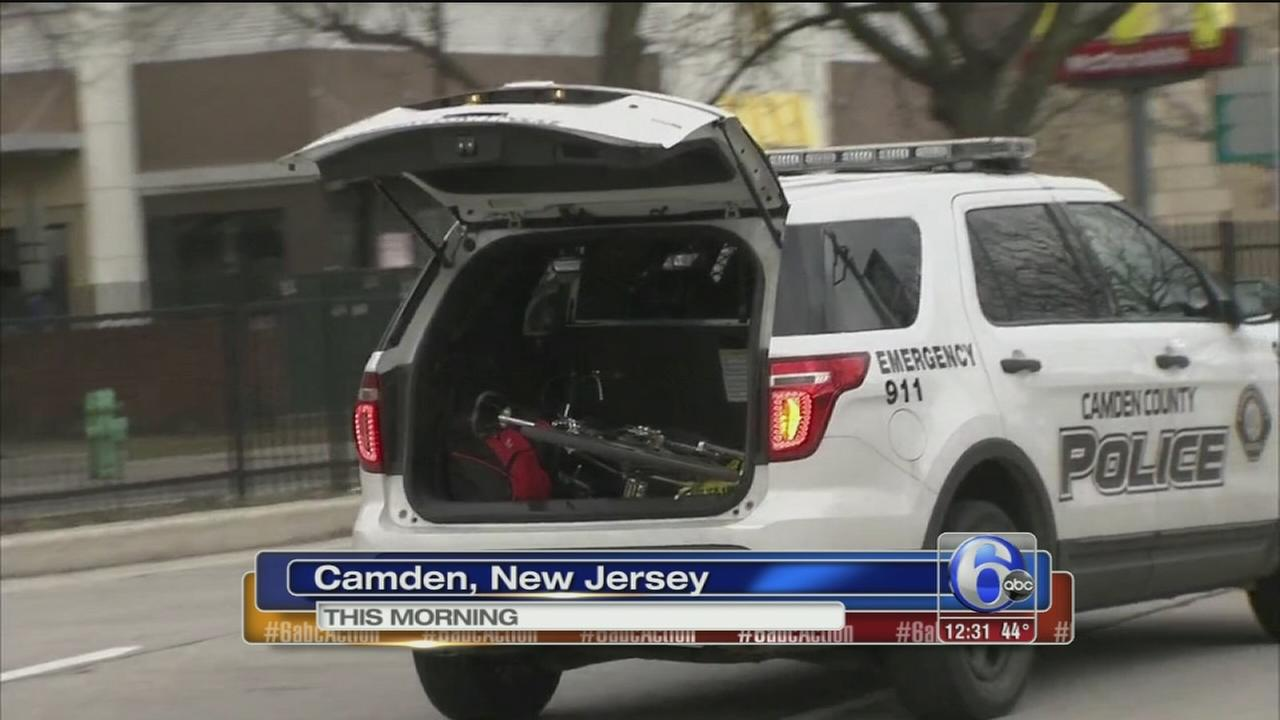 Bicyclist hurt after colliding with car in Camden