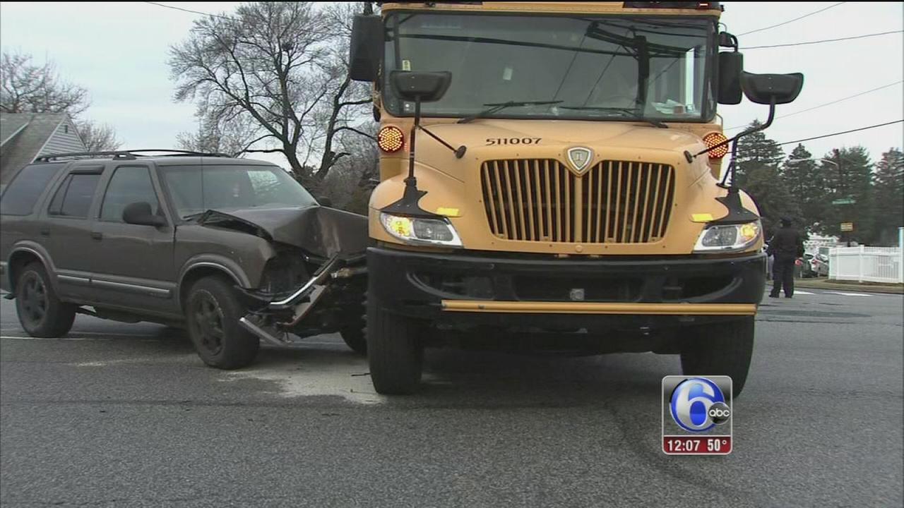 SUV slams into school bus in Northeast Philadelphia