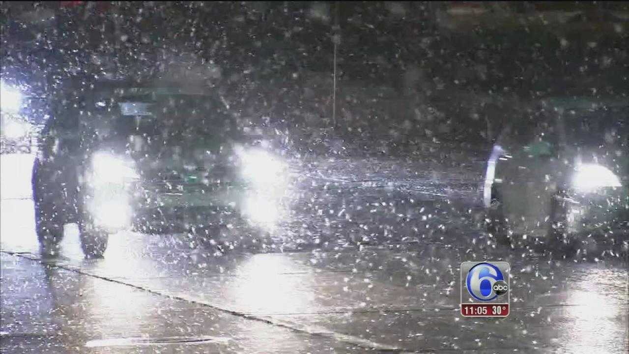 Local crews hit roads as snow falls
