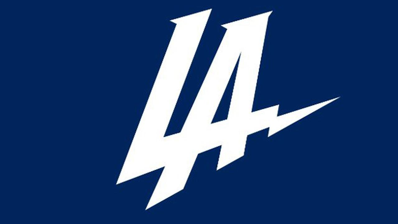 Chargers announce they're moving to Los Angeles