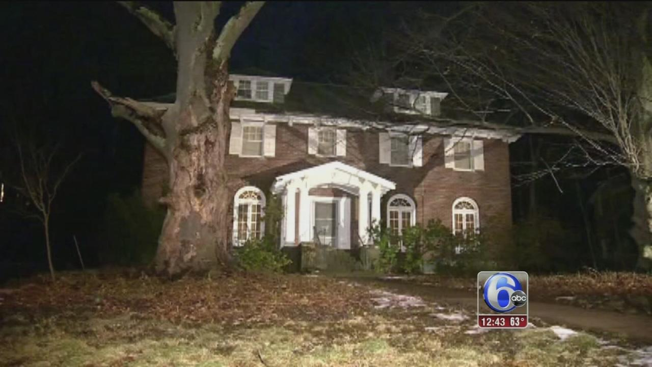 Woman found living with decomposing remains