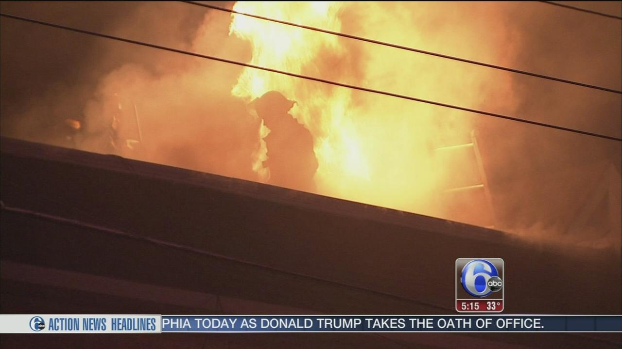 Fire damages pizza shop in Juniata Park