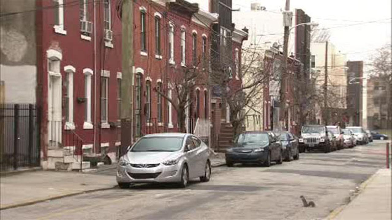 Suspects sought for robbery inside North Philadelphia home