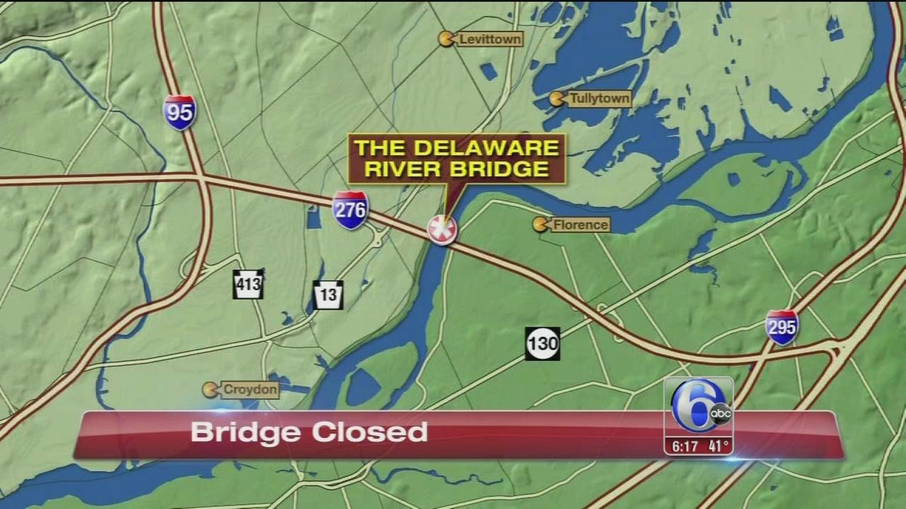 Delaware River Bridge closed due to structural problem