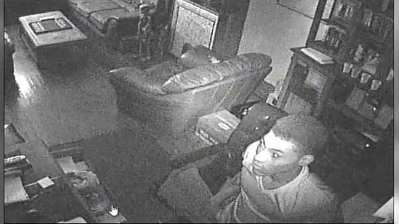 Suspects sought for home burglary in Philadelphias Kensington section.