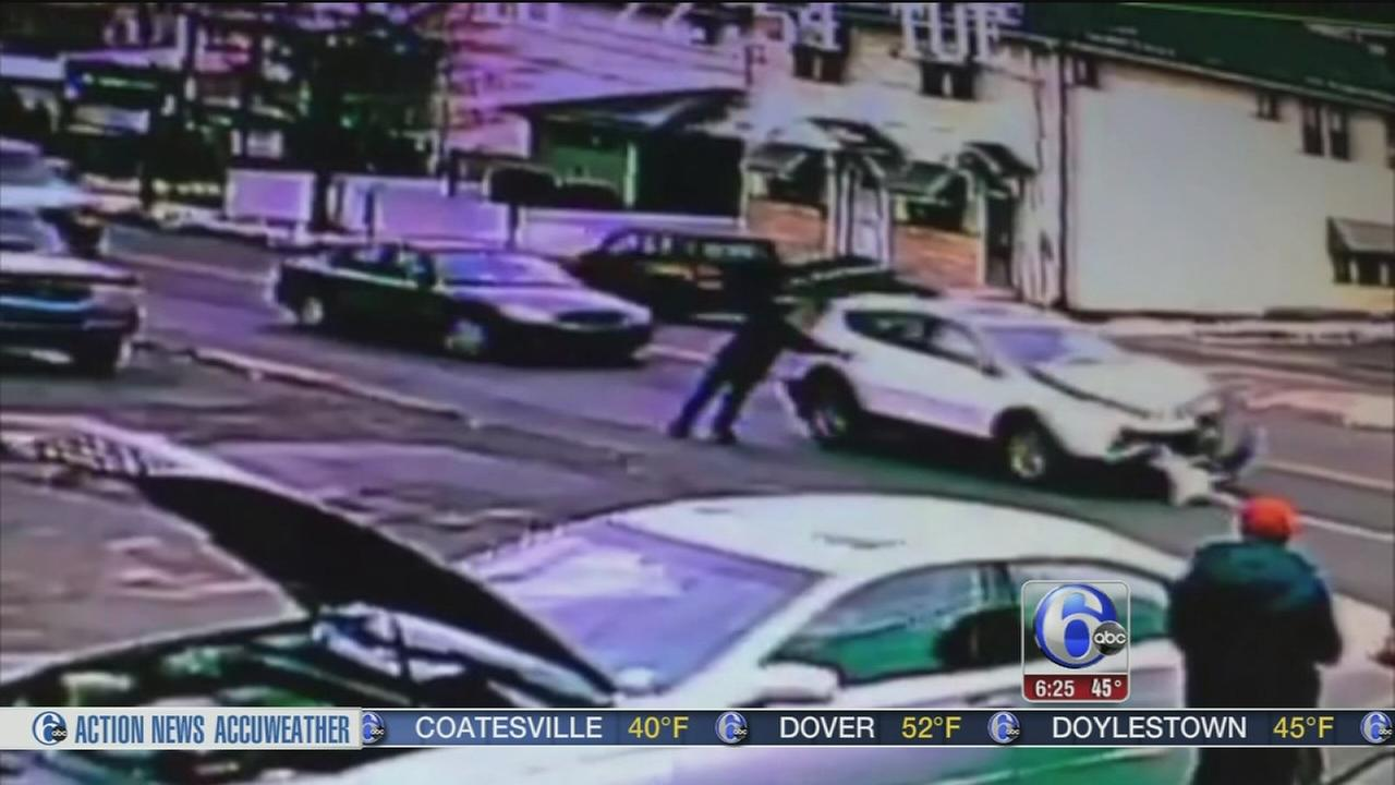Man uses all his strength to stop runaway SUV