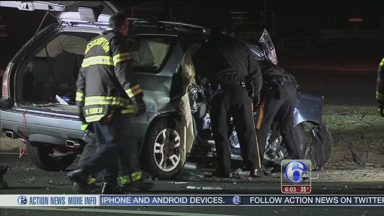 2 people injured in Willingboro crash