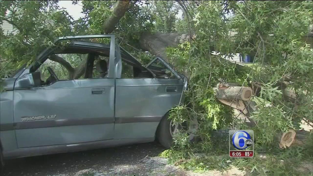 VIDEO: Storm cleanup begins in Bucks County