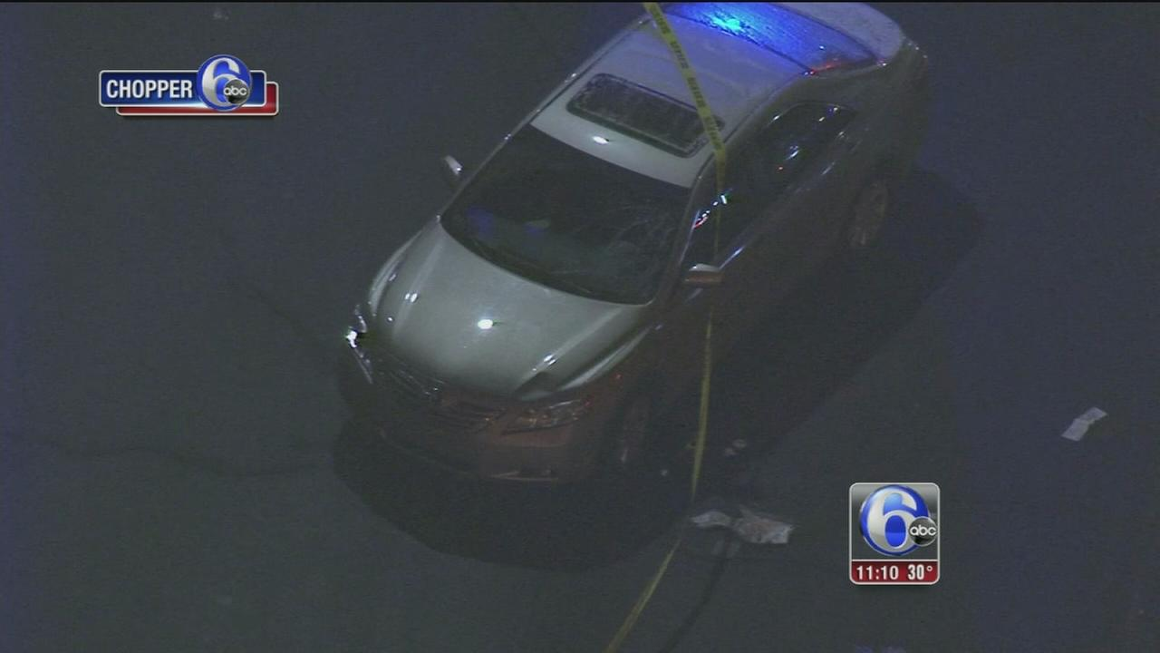 Man struck by car on Broad Street in N. Philadelphia