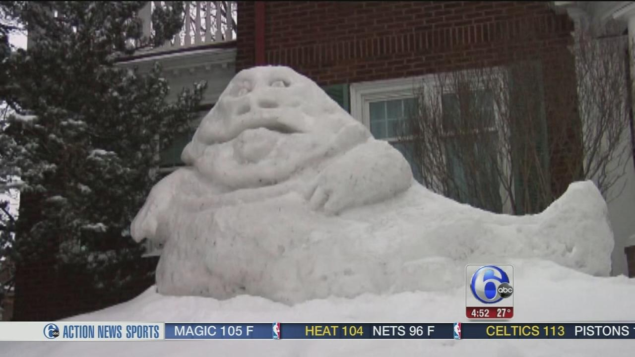 Man creates Jabba the Hutt in snow