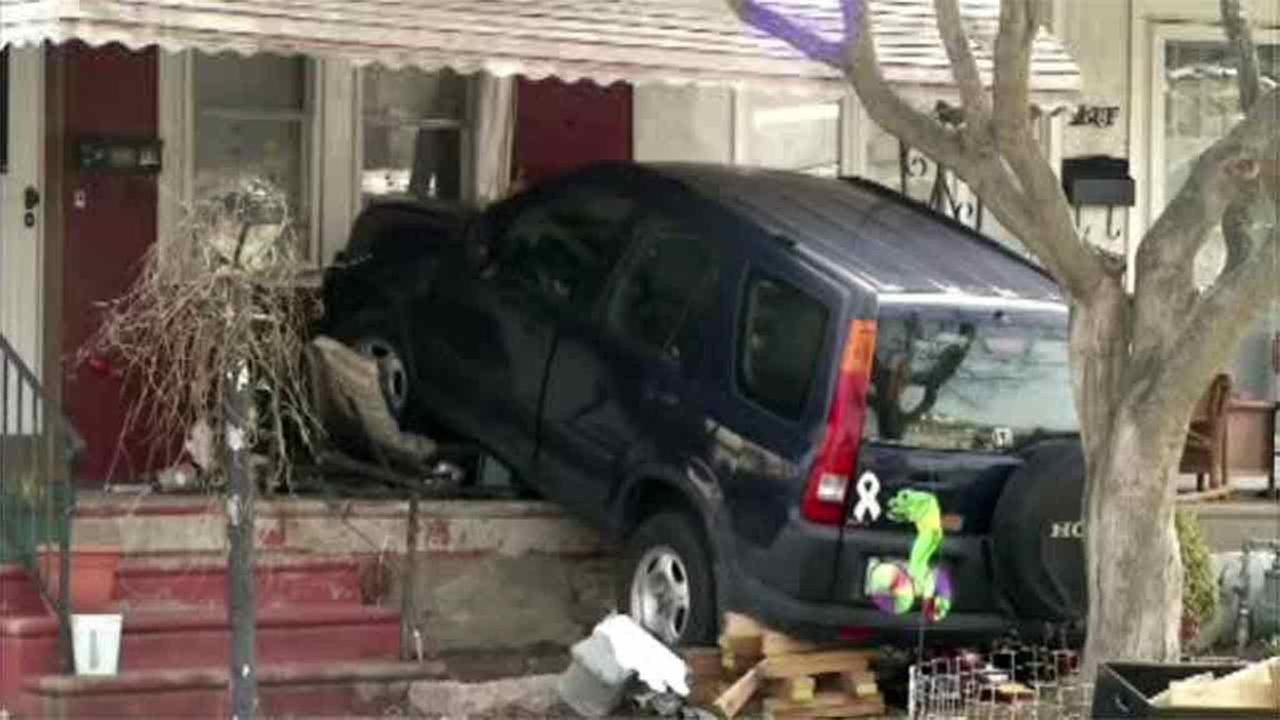 SUV slams into home in Clifton Heights, Pa.