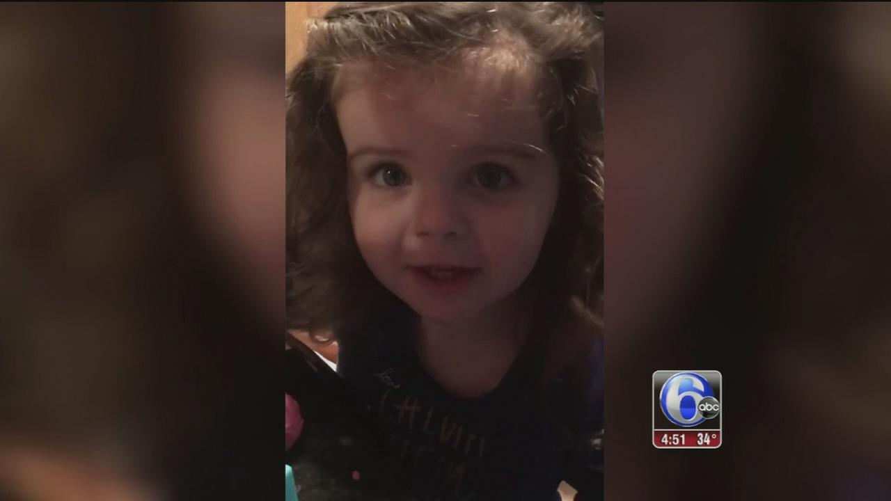 VIDEO: Toddler claims Adam Joseph as boyfriend