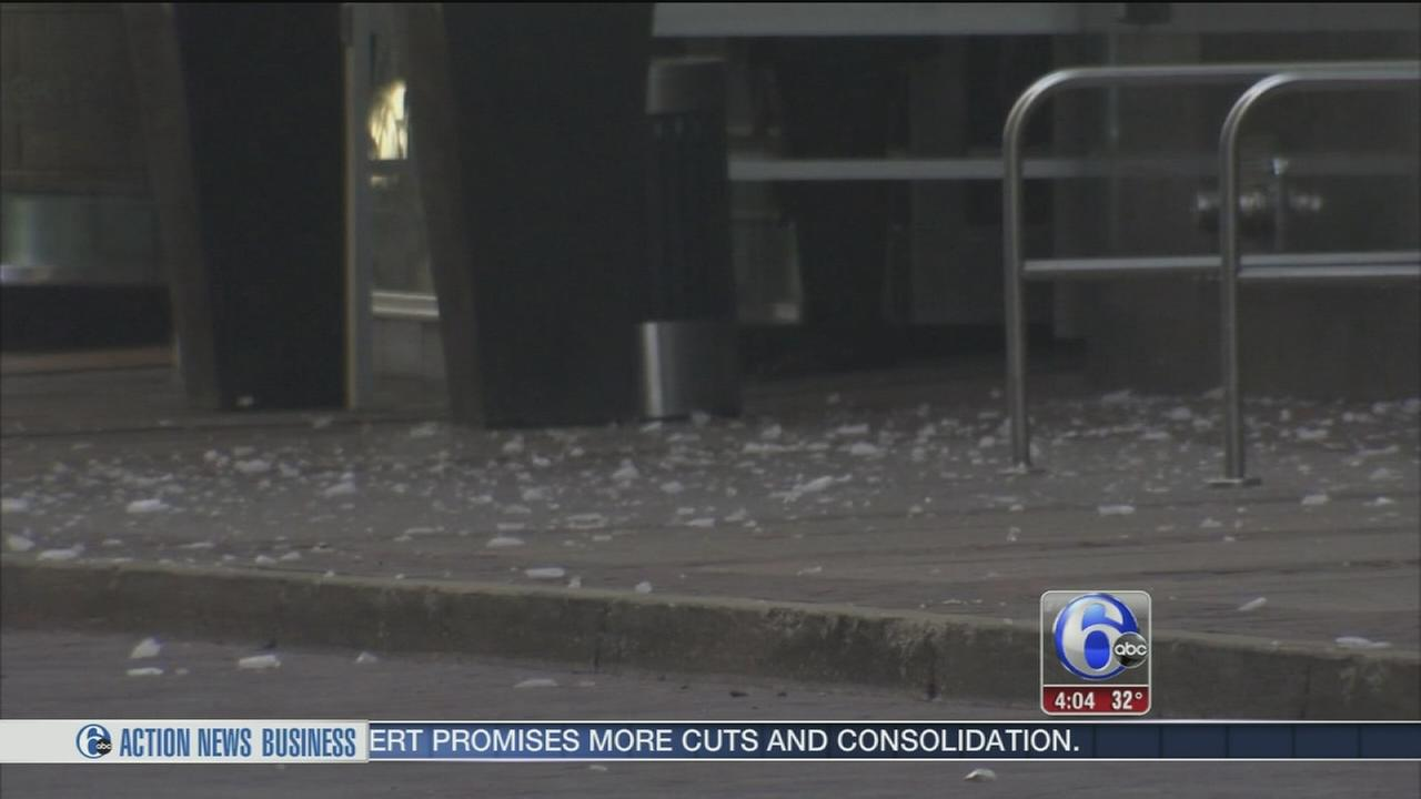 Part of Center City street closed due to falling ice