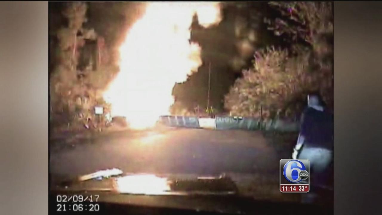 VIDEO: Officers pull man from vehicle moments before it explodes