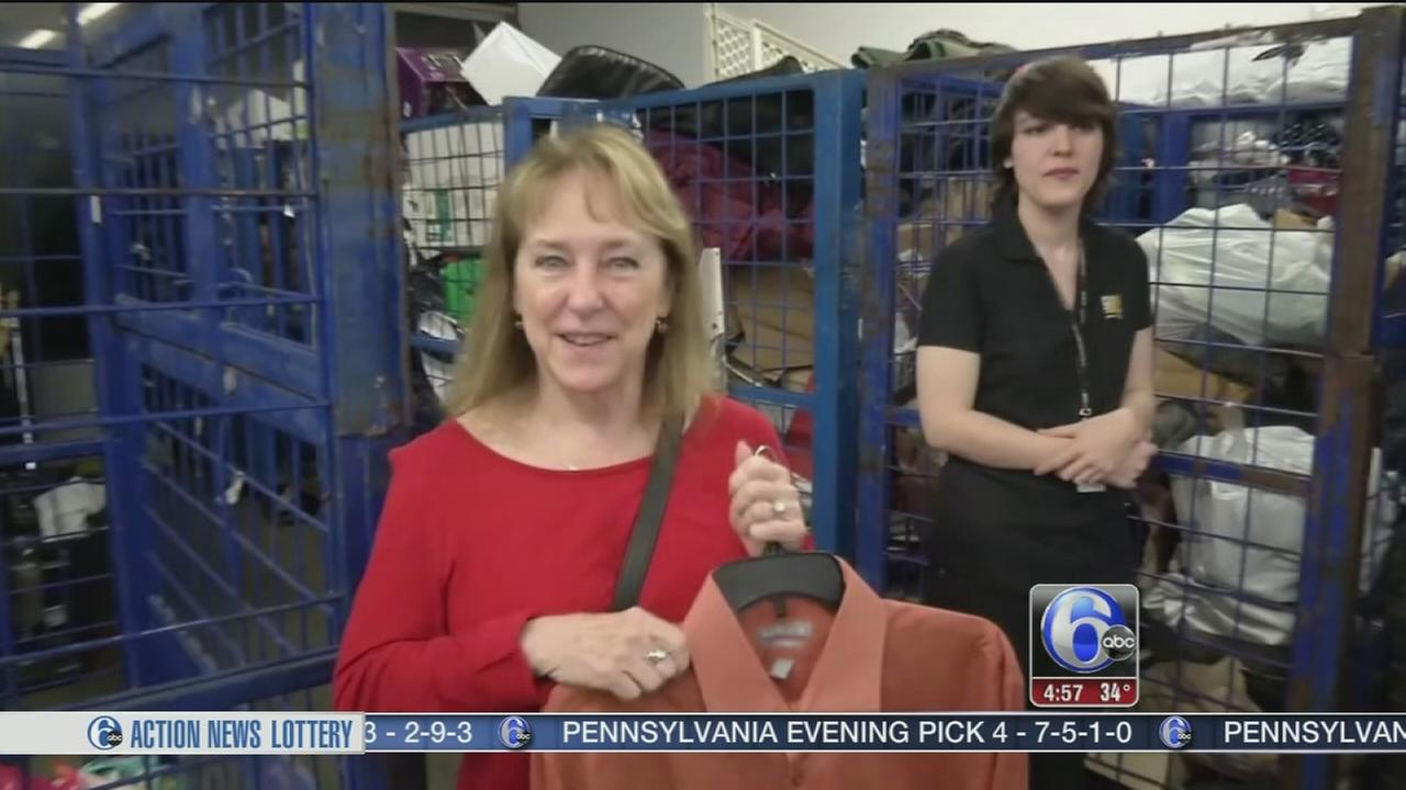 Woman accidentally donates husbands secret cash to Goodwill