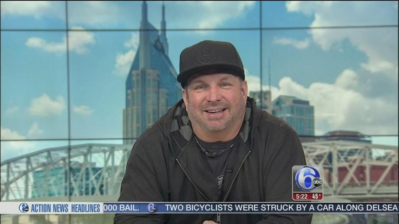 Garth Brooks returning to Philadelphia