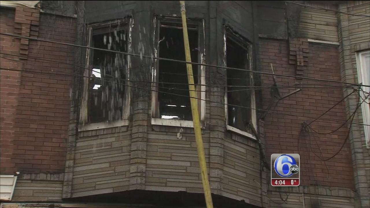 3 children, 2 adults injured in house fire in Grays Ferry