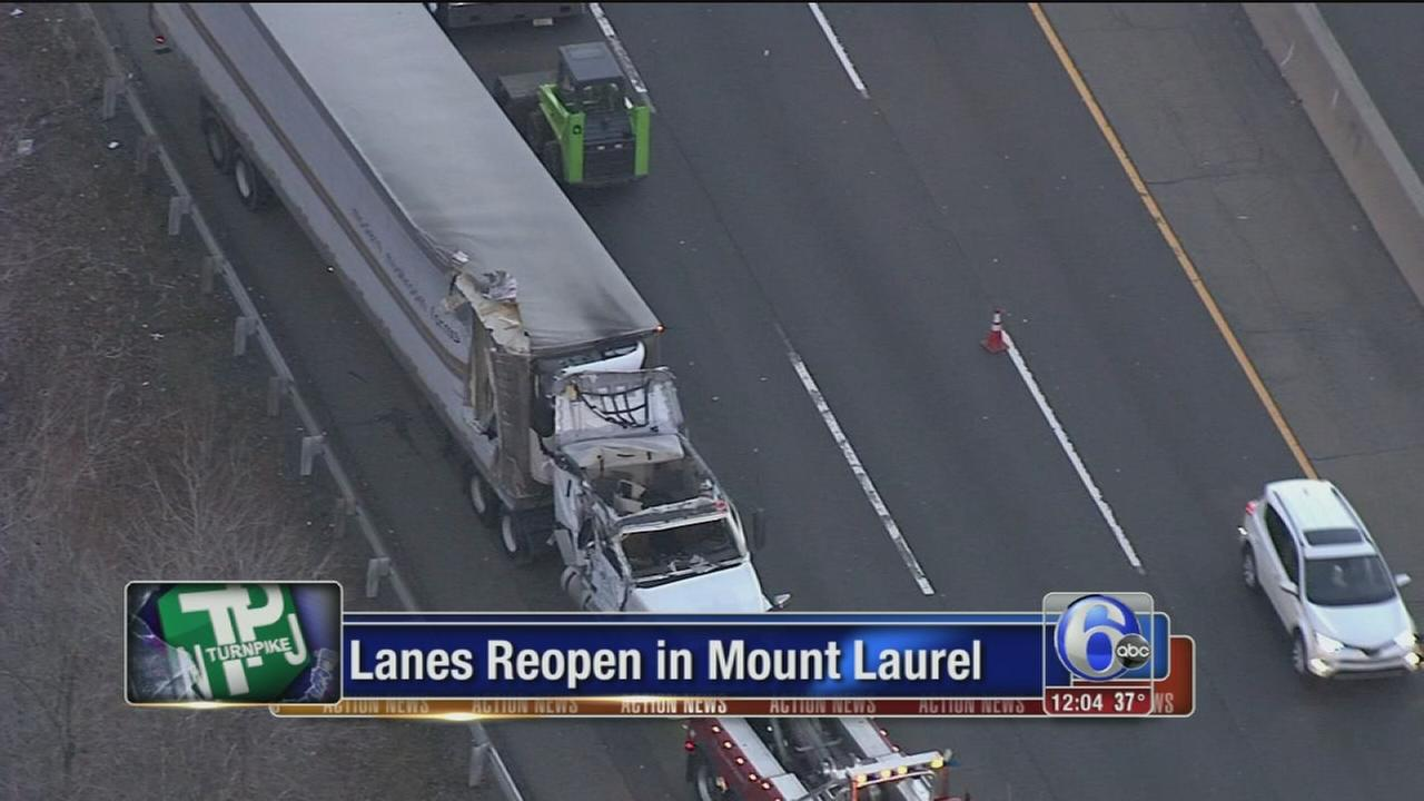 NJ Turnpike reopens in Mt. Laurel