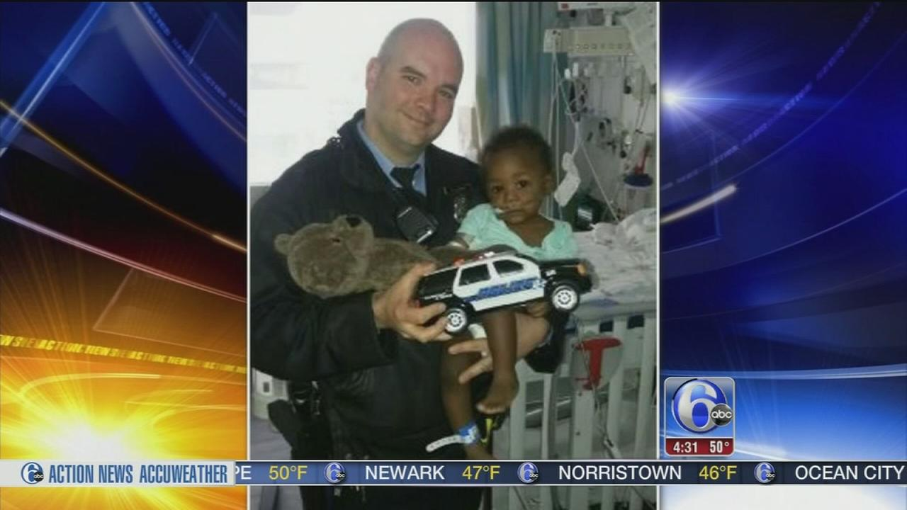 Philadelphia officers save toddler