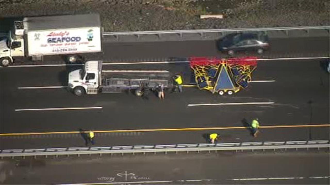 Carnival ride falls from truck on NJ Turnpike