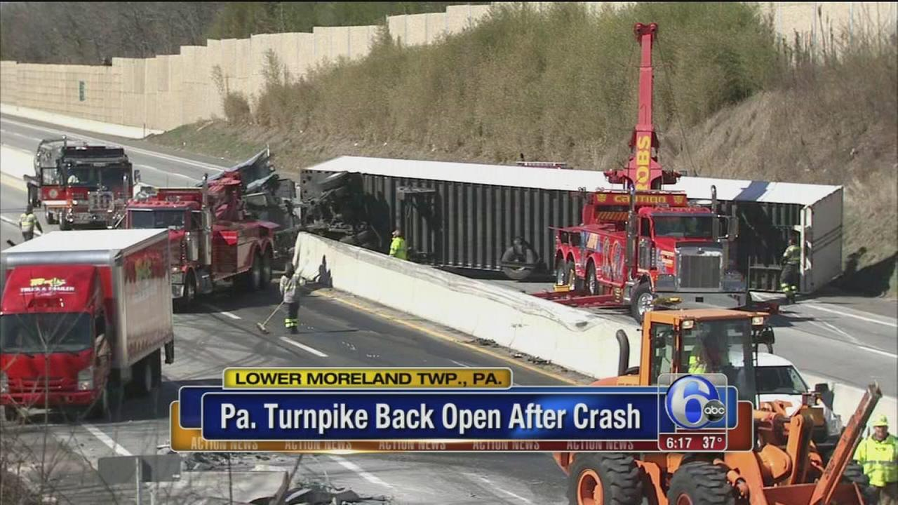 Pa. Turnpike reopens between Bensalem, Willow Grove after crash